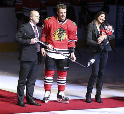 chicago blackhawks dressing room brad richards appreciates stepping out of the new york spotlight capital gazette