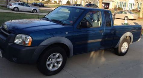 Sell Used 2002 Nissan Frontier Xe Extended Cab Pickup 2