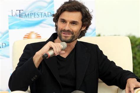 actor español angel ivan sanchez in ivan sanchez talks about his spanish soap