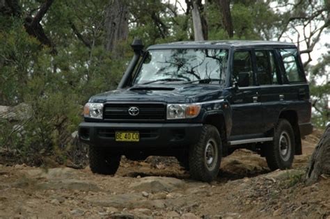 Toyota Landcruiser 76 Series Review Toyota Landcruiser 76 Series Workmate Review