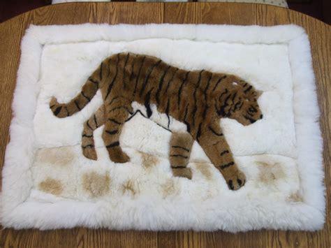 small fur rug small alpaca fur rug tiger design alpacapaca