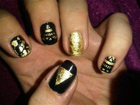 nail art gold leaf tutorial gold leaf tribal nail art nail art gallery