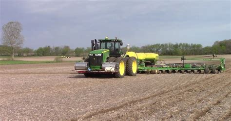 24 Row Deere Planter by Deere Db60 24 Row Corn Planter Operated By Deere