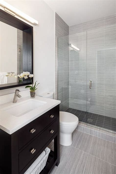 gray bathrooms 1000 ideas about small grey bathrooms on pinterest