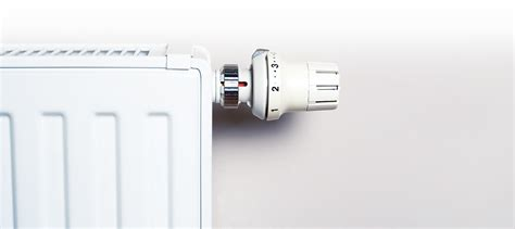 rubinetti termosifoni valvole termostatiche prezzi come installarle e a cosa