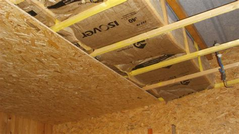 Isolant Thermique Pour Plafond by Isolation Plafond Exterieur Meilleur Isolant Phonique Pour