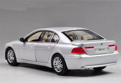 Welly Diecast 124 Bmw 745i 22446 1 24 scale welly brand diecast bmw 745i model bm1t009 ezbustoys