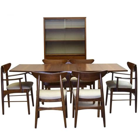 Stanley Empire Dining Room Set Nine Dining Suite Includes China Cabinet Stanley