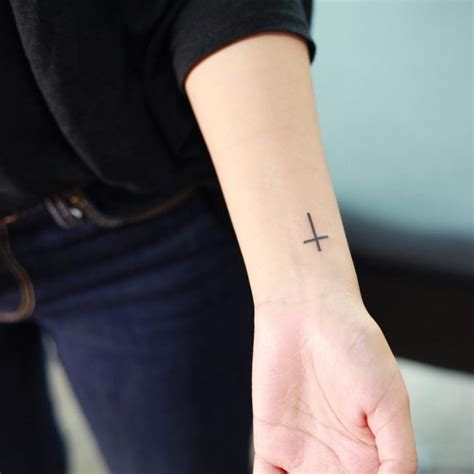 unique small cross tattoo designs simple  lovely  meaningful