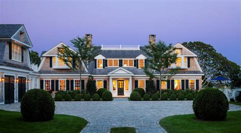 traditional style homes 5 reasons to build a traditional style home