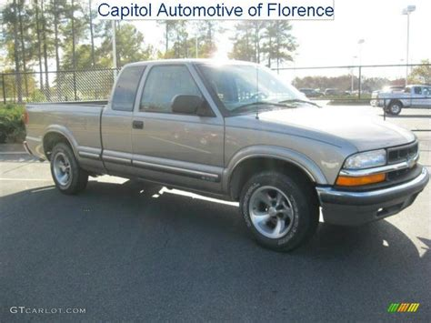 2000 sunset gold metallic chevrolet s10 ls extended cab