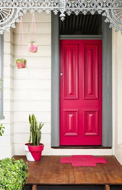 Dulux Front Door Paint Dulux Australia The Colour On The Door Is Scarlet Ribbons And The Door Frame Is Painted In