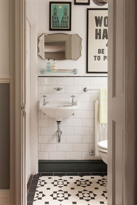 vintage bathrooms ideas 163 best images about small bathroom colors ideas on
