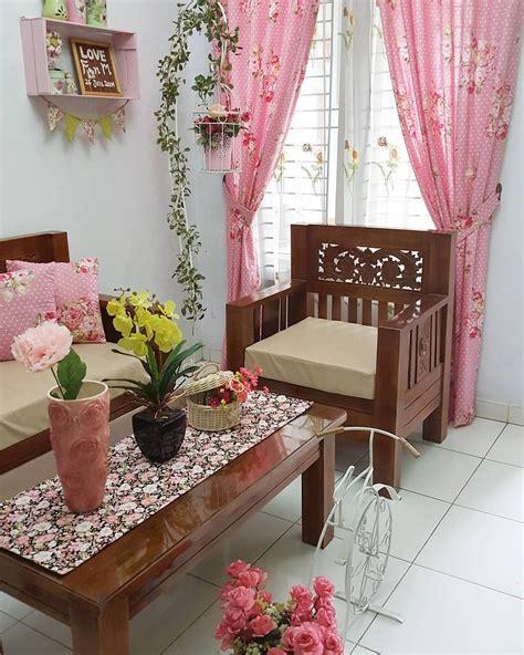 dekorasi ruang tamu minimalis  tanaman bunga ide