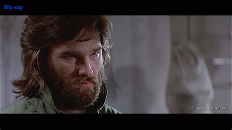 kurt russell watches the the thing 2011 trailer precuela de la cosa the thing primer tr 225 iler cartel