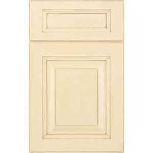 Innermost Cabinets Catalog by Innermost 14x12 In Manchester Maple Cabinet Door Sle