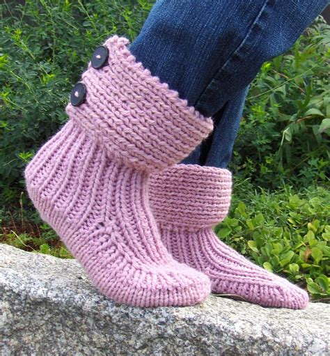 free knitting patterns for aran wool 17 best ideas about aran weight yarn on