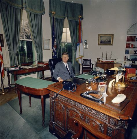 The Desk In The Oval Office St A46 1 62 President F Kennedy At His Desk In Oval Office F Kennedy Presidential