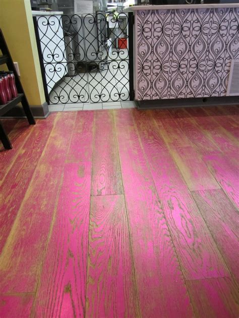 Pink Floor Paint by Best 25 Metallic Paint Ideas On Diy Furniture