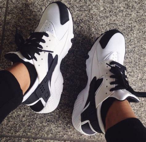 shoes nike huarache black white sneakers
