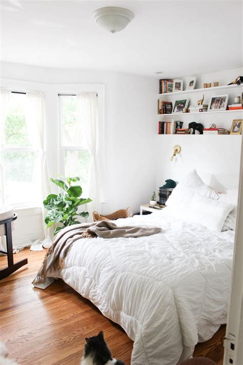 how to decorate a bedroom with white walls inspiration d 233 coration d un studio greenkub