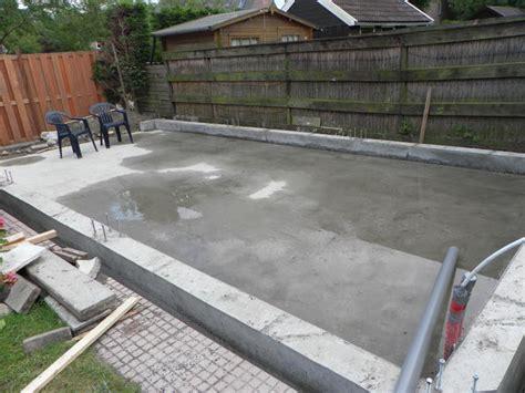 tuinhuis vloer storten storten betonvloer voor carport werkspot