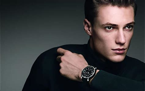 10 best s watches 2000 the trend spotter