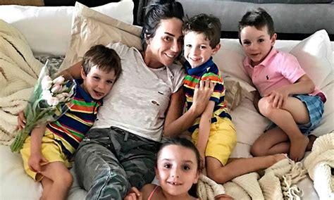 los hijos de los 843231627x in 233 s gomez mont se despide con nostalgia de sus hijos para continuar con su recuperaci 243 n