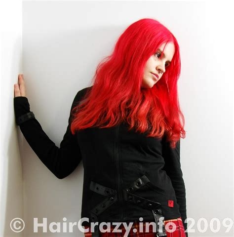 manic panic semi permanent vire red hair color cream buy manic panic pillarbox red manic panic hair dye