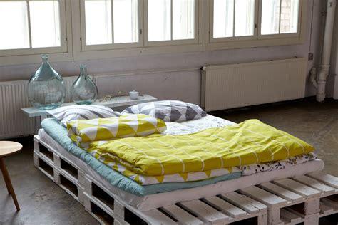diy japanese futon white wooden pallet futon diy in scandinavian style bed