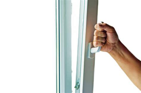 Anpressdruck Fenster Einstellen by Kippfenster Einstellen 187 Anleitung In 4 Schritten