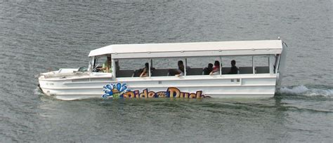 duck boat rides newport ky quot ride the ducks quot boat stalls in ohio river the river