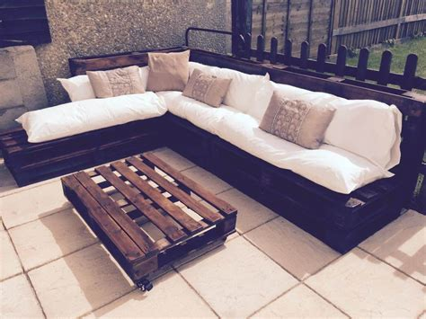 Sofa Made From Pallets by Outdoor Pallet Sectional Sofa
