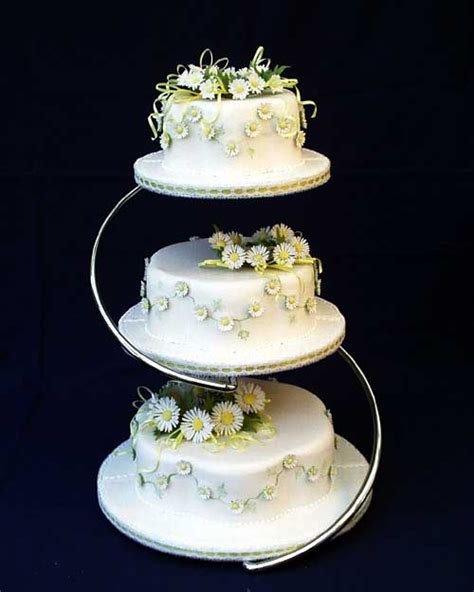 Wedding Cake Uk by Wedding Cakes Handmade By Classic Cakes The Wedding Cake
