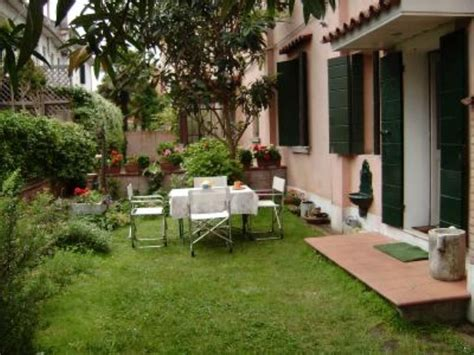 giardini in casa hause garden in venice lido affitto casa venezia