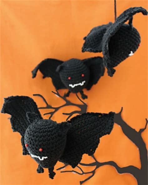 bat pattern youtube quick easy halloween decorations pattern collection