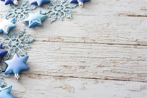 photo  rustic christmas corner decoration  wood