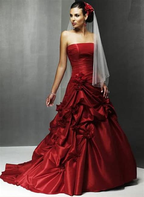 red wedding dresses dressed up