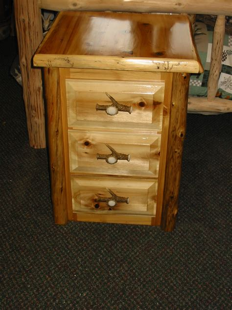 26 Inch High Nightstand Nightstand 3 Drawer