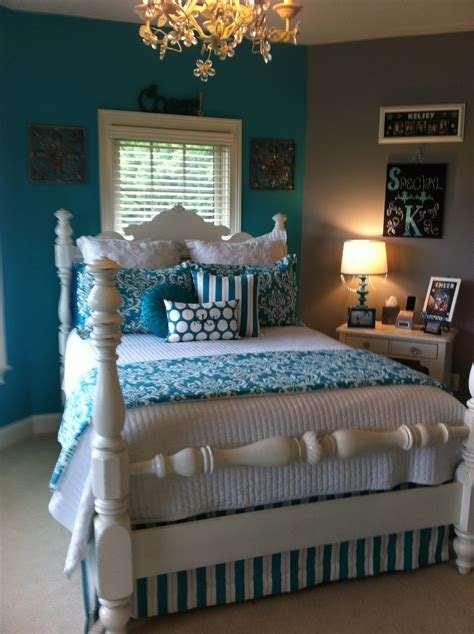 turquoise room ideas teen room makeover turquoise decor 2 ur door