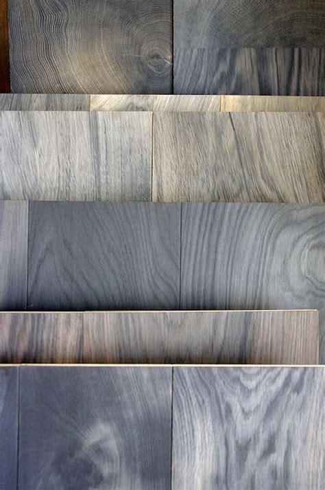 piastrelle finto parquet una serie di colori di finto parquet with finto parquet grigio