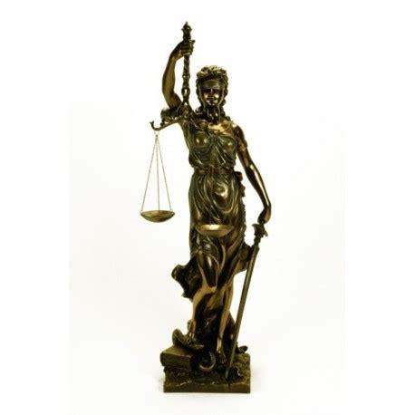 imagenes de la justicia griega figura de temis diosa griega de la justicia 66 cms