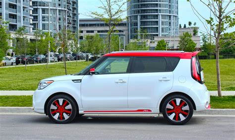 2014 kia soul limited edition awesome pics of a polar white inferno kia soul two