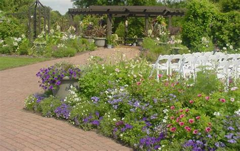 Olbrich Garden by Photos Of Wedding Spaces Olbrich Botanical Gardens