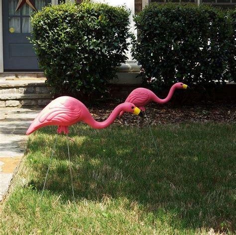 Flamingo Garden Decor by New 10 Pack Pink Flamingos Plastic Flamingo Set Yard