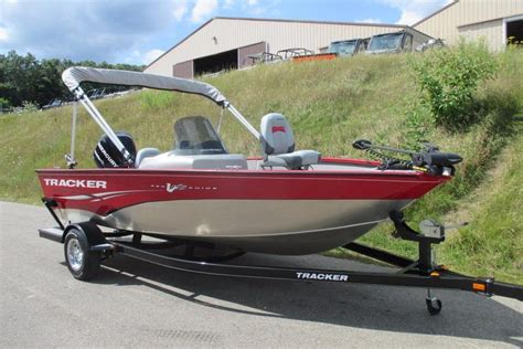 tracker boats v175 2011 used tracker v175 pro guide sc aluminum fishing boat