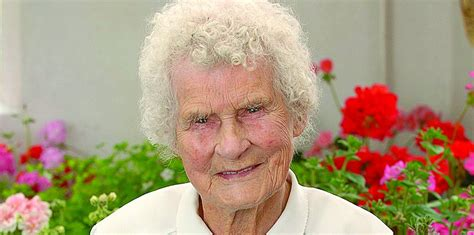 Lindsay Ruby oldest isles resident dies at 105 the shetland times ltd