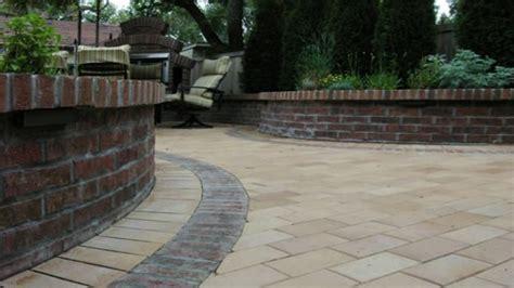 paving designs for backyard yard paving ideas paving designs for backyard concrete pavers and