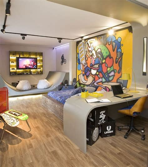 freaky bedroom ideas 25 great ideas about graffiti room on pinterest