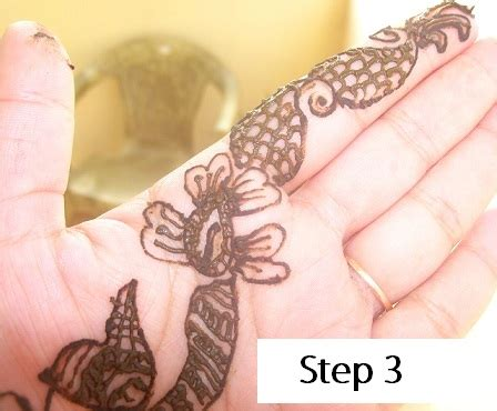 mehndi designs getting and applying mehndi
